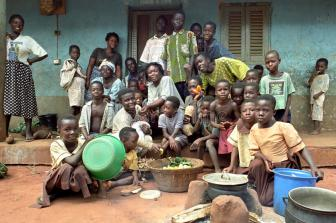family-portrait-ghanaian-extended-family-ghana-group-full-length-red-carpet-african-life-living-together-their-43623171