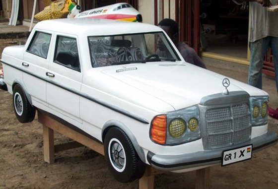 amazing accra mercedes-fantasy-coffin