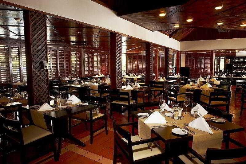 Labadi beach hotel restaurant