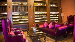 Tang Palace Hotel accra bar